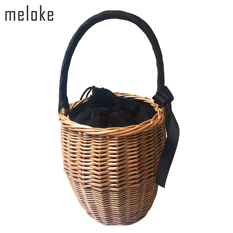 Meloke 2018 Bohemian Straw Bags Fashion Beach Handbags handmade Summer Wicker Basket Bag with ribbons holiday bags MN666 beach straw bags women appliques beach bag snakeskin handbags summer 2017 vintage python pattern crossbody bag