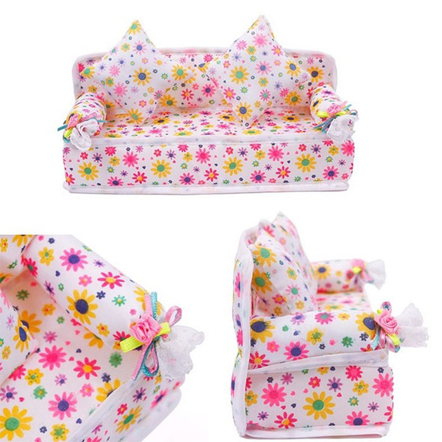 Doll House Accessories Mini Furniture Flower Sofa Couch  With 2pcs Soft Cotton Pillow Children furniture Toys FL