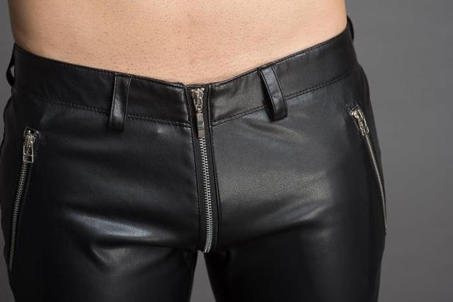 2018 Men's stylish flared leather pants.     29-36!! 3