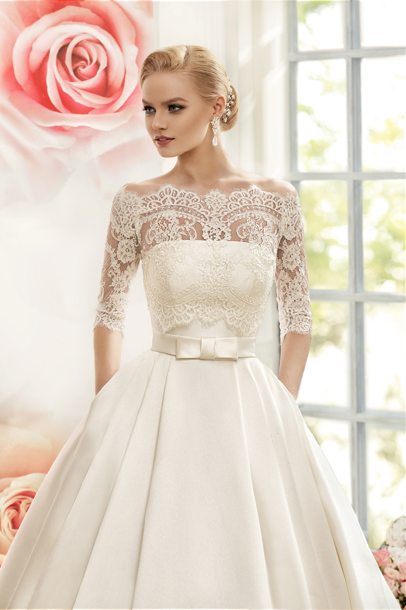 Vnaix W3099 Luxruy Ball Gown Lace Wedding Dresses 2017 Satin With Jacket See Though 3/4 Sleeves Sweep Train Bridal Wedding Gown 5