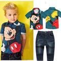 2017 Nuevo muchacho de la manera arropa los sistemas ropa de verano del bebé traje set juego de los niños conjunto de dibujos animados de algodón t-shirt + jeans ST253
