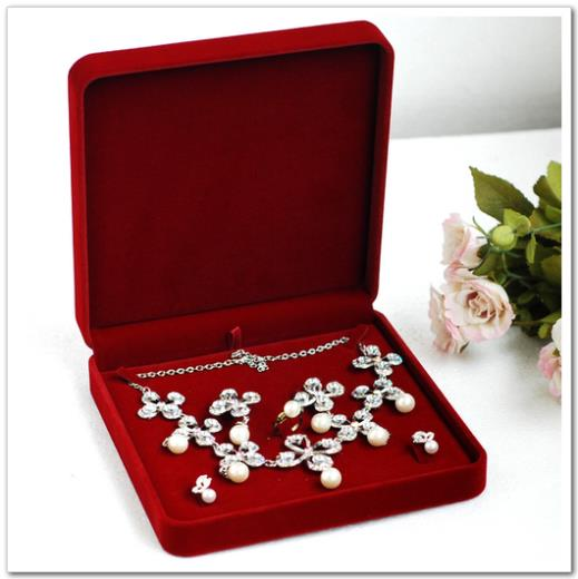 High Quality Red Velvet Jewelry Set Box Necklace Packaging Box