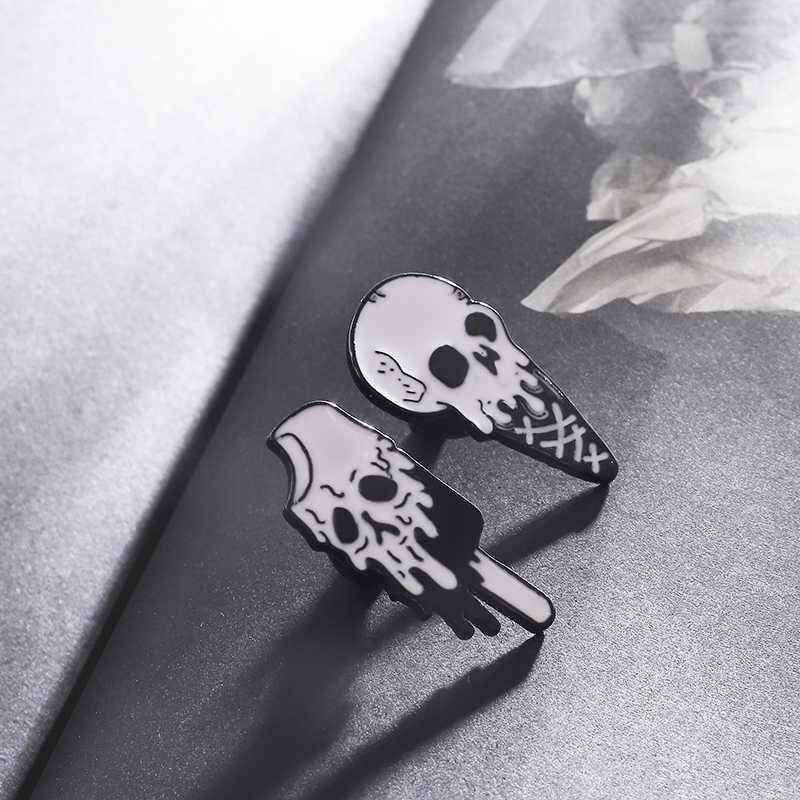 """Aku Dingin"" Punk Tengkorak Ice Cream Lapel Pin Bros Horror Hitam Putih Meleleh Es Loli Enamel Pin Lencana perhiasan Shirt Bag Pin"
