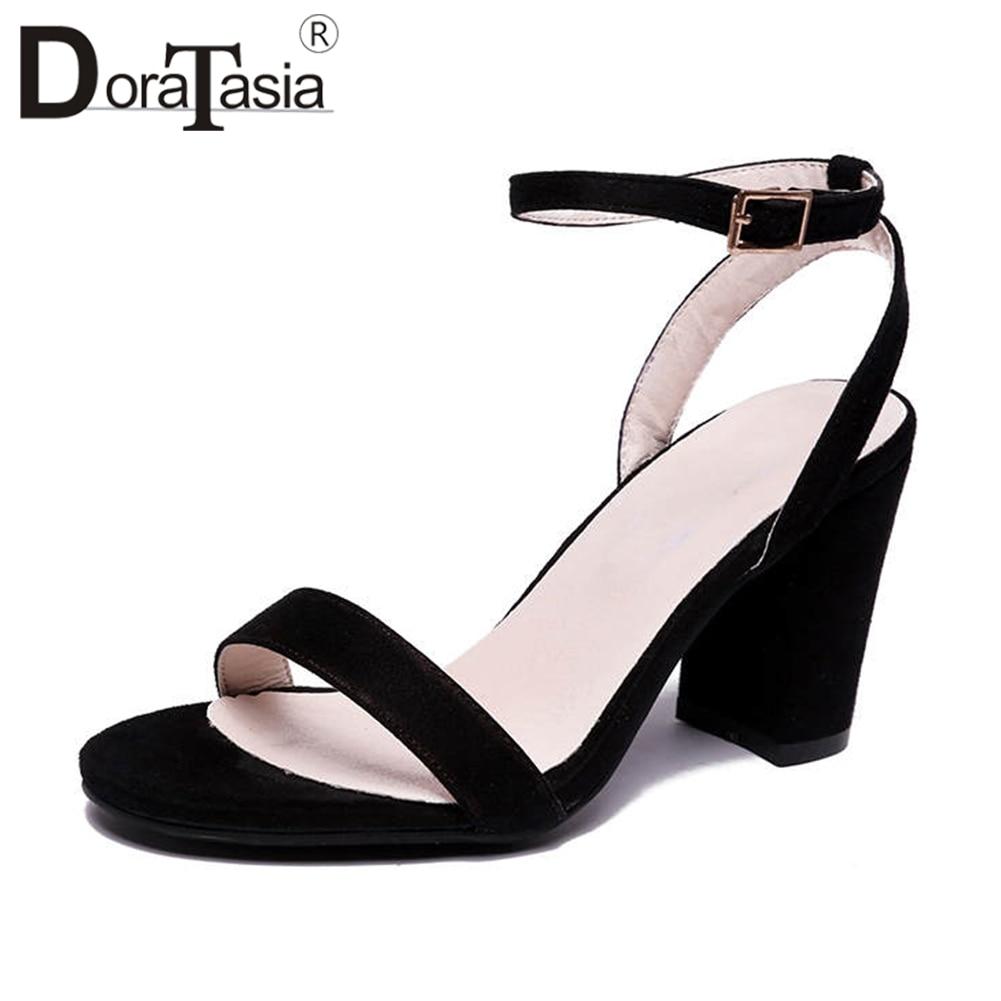 Taille 2019 Femme Haute Talons noir Solide Chaussures D'été Doratasia Concis Sandales 43 Apricot Élégant Femmes Noir Grande 33 OZuPkXi