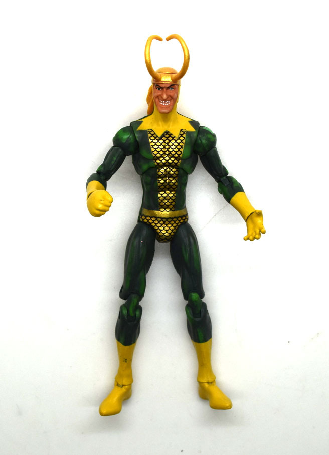 "Marvel Universe 3.75"" The Avengers Comic Collection Loki"