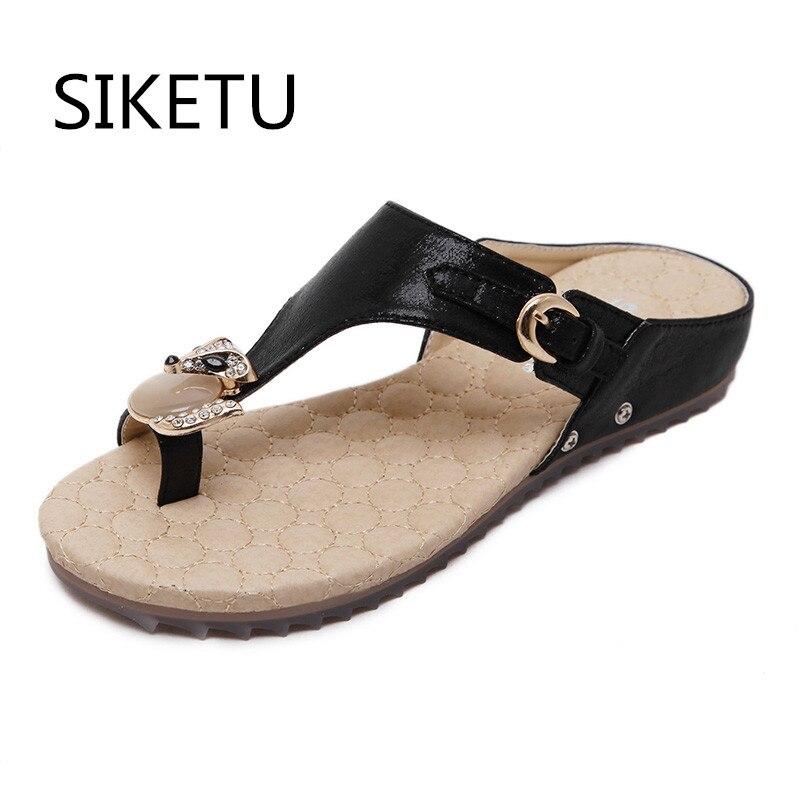 SIKETU New Korean Anti-Skid Breathable Comfort Sandals Large Size 35-42  Diamond Summer Sandals Women s Flat Sandals Shoes 6ea65a6dc5ae