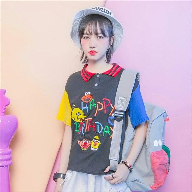 Уличной моды HARAJUKU вышивка мультфильм многоцветной цвет блока письмо украшения резьба поло воротник с коротким рукавом