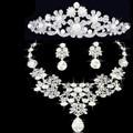 Pérola Shinning Prata Cristal Nupcial Jóias Set Charme Colar Brincos Cabelo Pente Acessórios de Noiva Presente de Casamento Floral