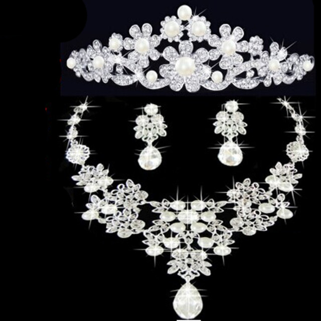 pearl Shinning Silver Crystal Bridal Jewelry Set Charm Necklace Earrings Hair Comb Bride Gift Floral Wedding Accessories