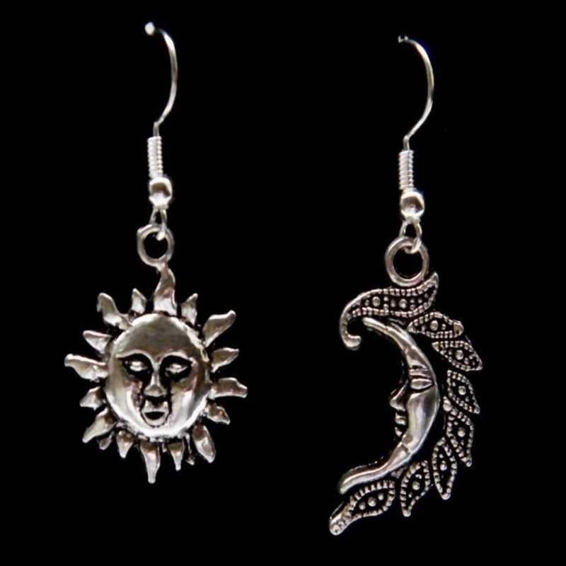 1Pair Sun and Moon Feather Pendant Silver Earrings Zinc Alloy Earrings Jewelry Victorian Gothic Goth Silver tone Unisex Gift