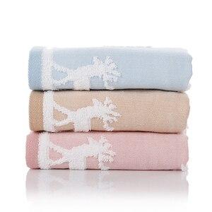 Image 2 - 25X50Cm 100% Katoenen Handdoek Kerstboom Herten Patroon Chlid Baby Gezicht Hand Kerst Handdoek Soft Touch Quick droog Washandje