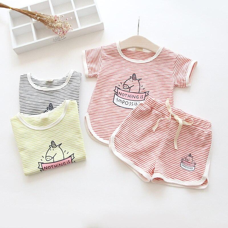 2018 летняя одежда для маленьких девочек Единорог комплекты детская одежда детей хлопчатобумажные, с мультипликационными персонажами в поло...