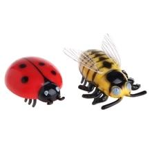 New Mini Electric Dog Cat Pet Toy Interactive Cute Ladybird Beetle Shape Cat Toys Walking