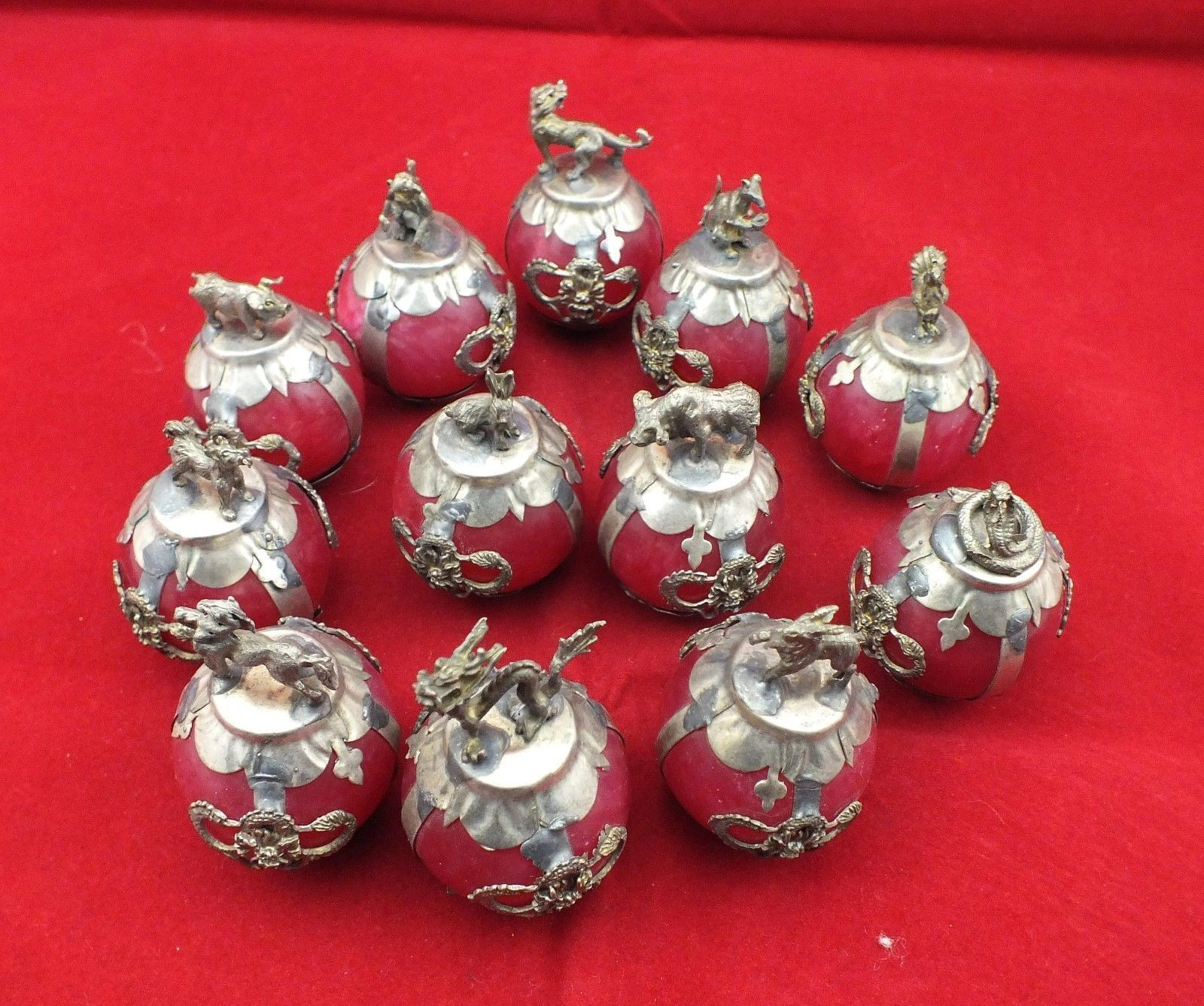 Old Decorated Handwork Inlay tibet silver Dragon 12 Zodiac Red Jade Ball Statue|statue|statue dragon|statue decoration - title=