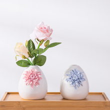 European Modern Fashion Ceramic Flower Vase Home Decoration Small Ceramic Vases Wedding Home Decoration Tabletop Handmade Vase