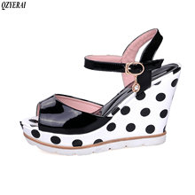 QZYERAI Spring 2018 novelty high heels buckle sandals wear-resistant rubber soles sandals women's shoes Single shoes blue size43