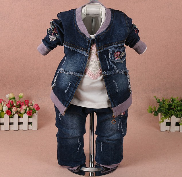 new 2017 spring girls denim jacket+t shirt+jeans clothing sets 3pcs girls casual apparel suit baby girl clothes sets set girl 3 pcs boys denim jacket long sleeve t shirt jeans autumn new 2017 children fashion casual clothes sets factory outlet brand