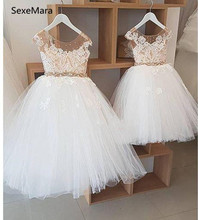White Ivory Sheer Jewel Neck Flower Girls Dresses Lace Appliques 2019 Real Image Princess Pageant Dress First Communion Gownlx