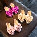 En 2017 la primavera de la nueva muchacha rosada tendones en el final de cuero mariposa de encaje de flores niños niñas niños niños lea