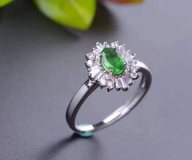 2017 fashion ererald wedding ring 4*6mm natural Colombian emerald gemstone silver ring solid 925 silver emerald ring for wedding