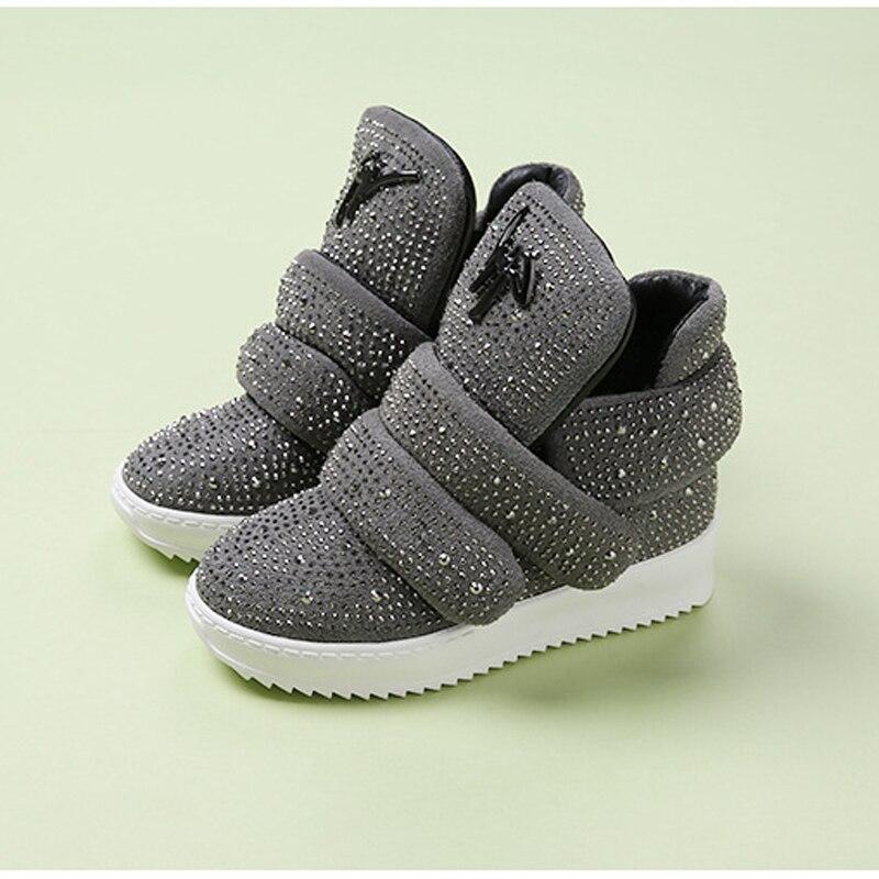 Cheap Branded Children Shoe