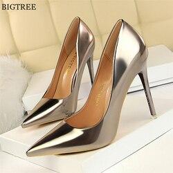 Mais tamanho 34-43 sapatos de escritório femininos de couro patente rasa moda feminina bombas apontou dedo do pé sexy vestido de salto alto sapatos de festa mulher