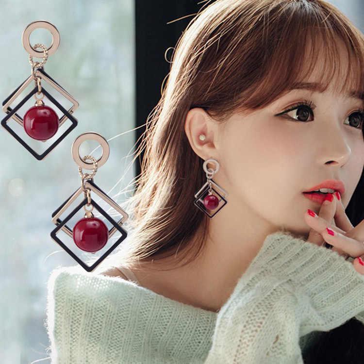 Classic Geometric Metal Women Stud Earrings Geometric Rhombus Cherry Pearl Stud Earrings Fashion Jewelry Womens Accessories