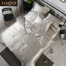 Bonenjoy Warna Abu-abu Beddings Sutra Satin dan Bed Set Stripes dan Plaid Duvet Meliputi Queen King Size Bed Linen China Bed Sheet