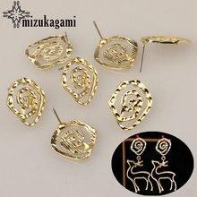 Круглые золотистые металлические полые Спиральные серьги из
