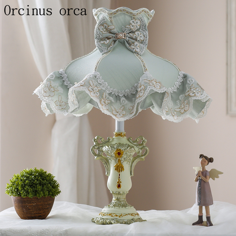 Korean small fresh garden cloth table lamp Princess Room ...