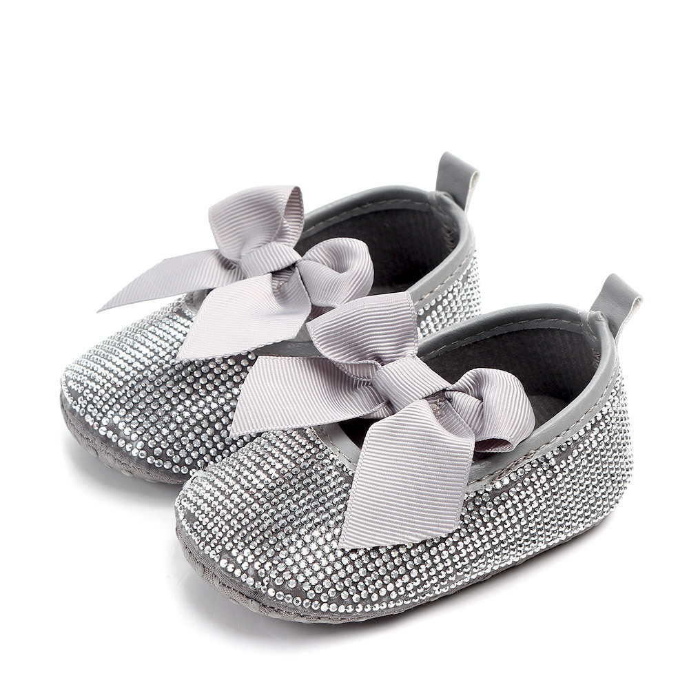 Brand New Silver Rhinestone Baby Girls Dress Shoes Newborn Pearl Drill Soft Sole Toddler Princess Shoes Infant First Walkers