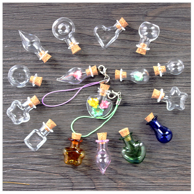 8ab58934932a Mixed 8 Shape Cute Mini Glass Bottles Pendant Clear Cork Stopper Drift  Wishing Bottles DIY For Necklace Mobile Chain Craft Jar