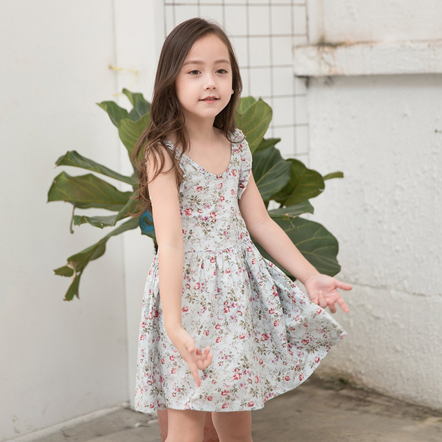 812999d6c90a8 فتاة الشاطئ اللباس الصيف صغيرة الأزهار الشاطئ اللباس الفتيات قبالة الكتف  التعادل اللباس القطن 2018 طفلة