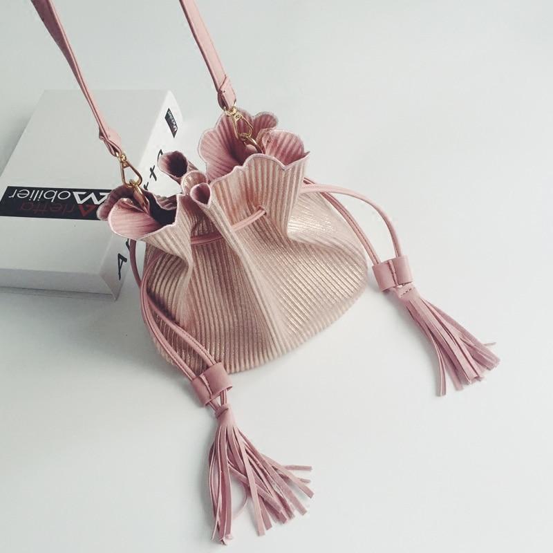 Fashion Small Tassel Bucket Shoulder Bags Women Pink Messenger Bags Ladies PU Leather Black Crossbody Bags Mini Handbags