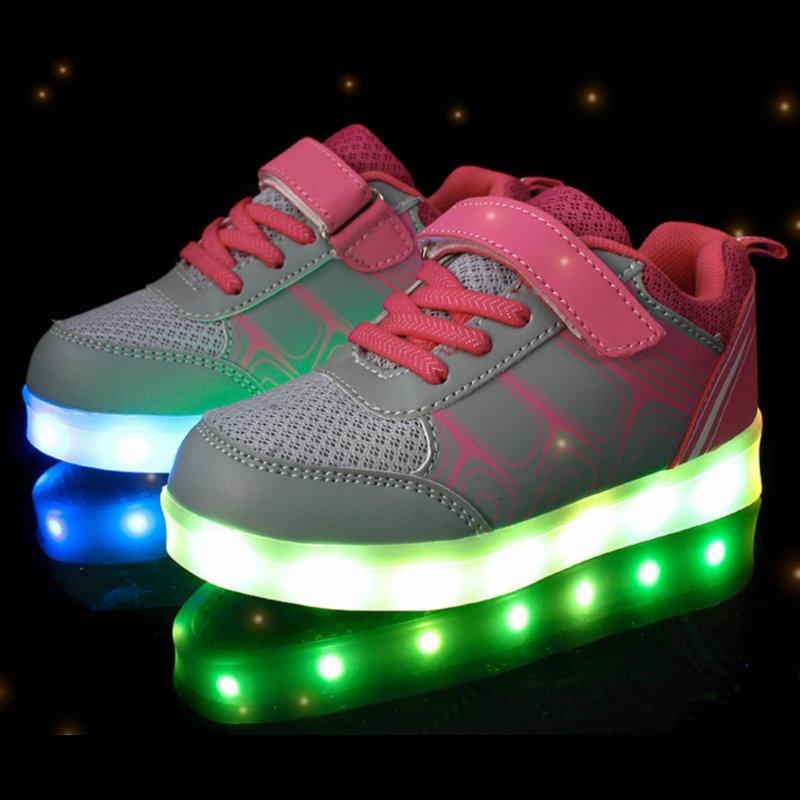 أحذية الأطفال أزياء متوهجة LED مضيئة USB قابلة للشحن الطفل تنفس بنين بنات أحذية عادية مع أضواء الحجم 25 ~ 37