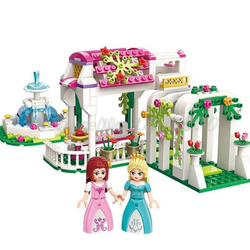 4 Kinds Princess Castle Pumpkin Carriage Happy Figures Compatible Legoings Friends Dolls Toys For Girls Good Holiday Gift