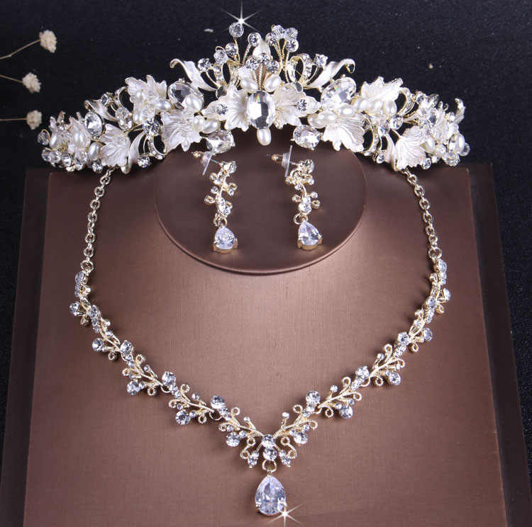 Baroque Vintage Gold Crystal Leaf Pearl Costume Jewelry Sets Rhinestone Choker Necklace Earrings Tiara Crown Wedding Jewelry Set