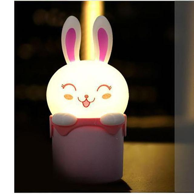 1 Unidades de La Novedad Juguetes Rana Luz Del Sueño Projestion Lámpara Dormitorio Creativo Lindo Conejo de Dibujos Animados Bebé de Cumpleaños Regalo de Los Cabritos Niños