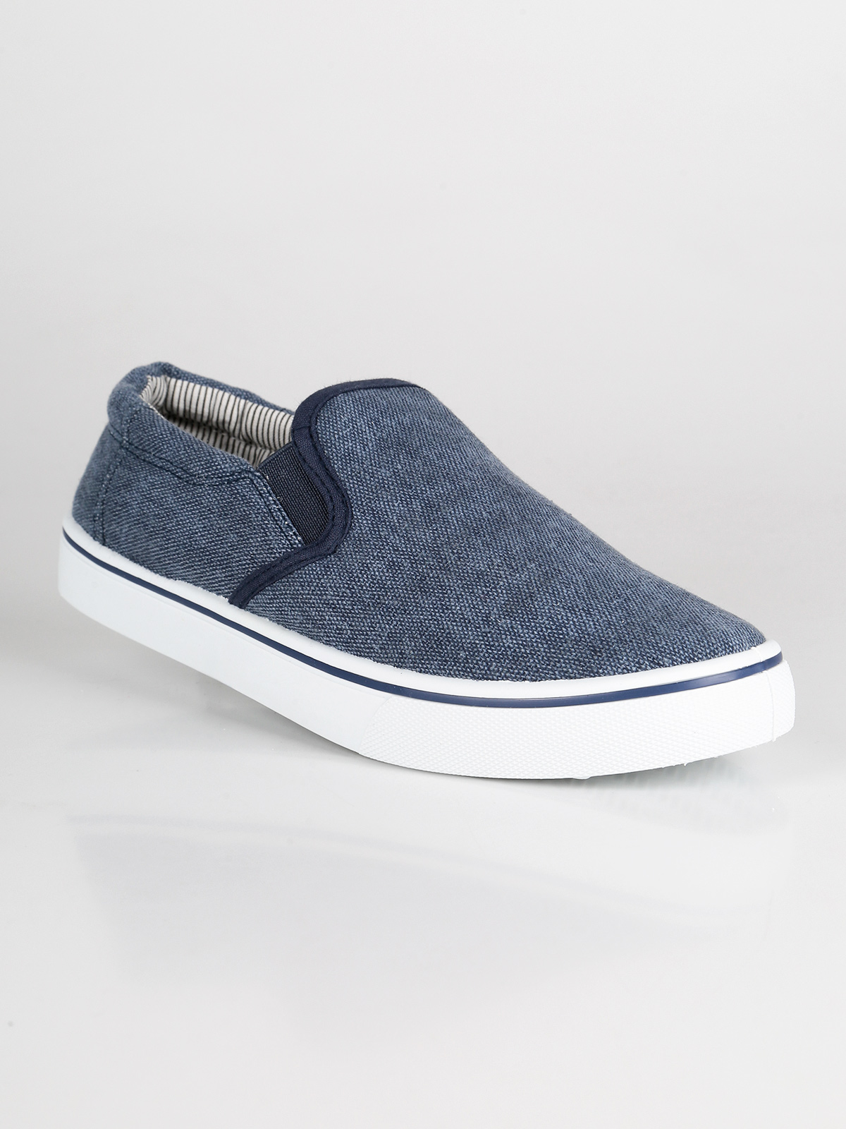 Slip on sneakers effect jeans|  - title=