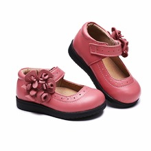 Купить с кэшбэком 2016 princess shoes parent-child genuine leather shoes baby and children  fashion all-match flower variety 72002 free shipping