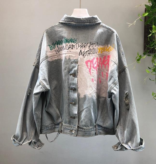 2019 New Brand Denim Jacket Coat Women Fashion Graffiti Printing Short Jeans Jacket Female Ripped Holes