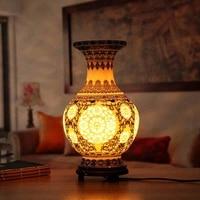 Antique Chinese Flower Vase Desk Lamp Blue And White Ceramic Table Lamp