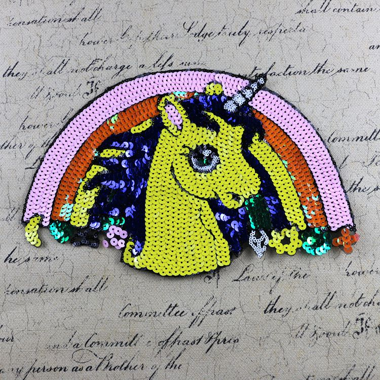 2 pcs multicolor half circle horse sequins T-shirt/bag embroidery sequined applique patches for clothes parches para la ropa