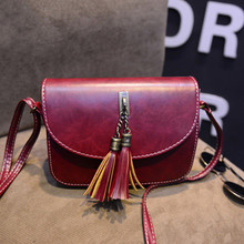 Famous Brand Handbags 2019 New Retro Trend Fashion High Quality Tassel Simple Diagonal Small Square Bag