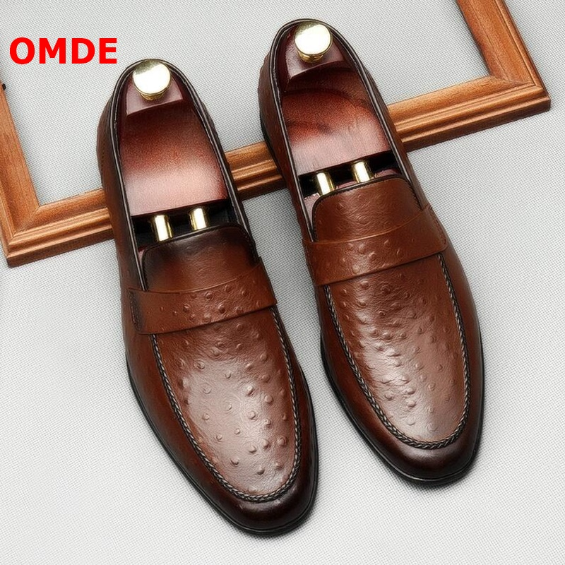 OMDE 2019 Men Casual Shoes Soft Embossed Genuine Leather Loafers Ostrich Pattern Slip On Party And Wedding Mens
