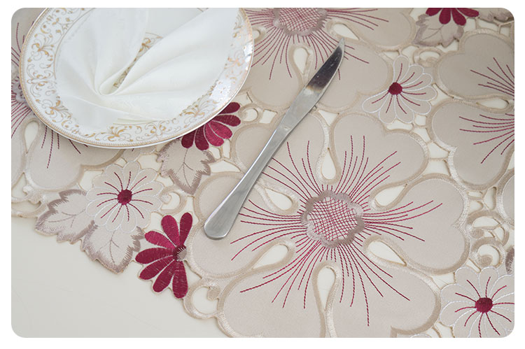 cutwork table runner (7)
