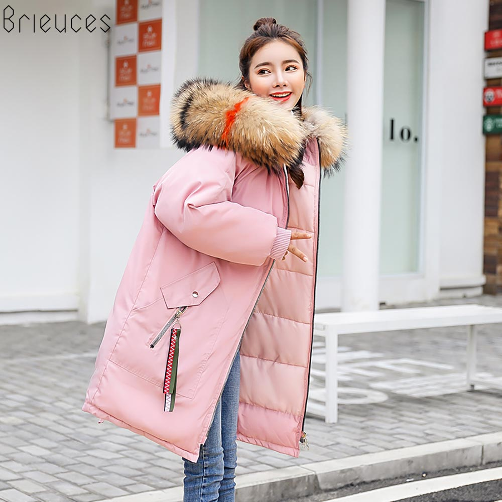 Brieuces 2018 teplé zimní bunda dámské vyšívací patch zahuštění dlouhé parkas velké kožené obojek s kapucí růžové barvy zimní kabát ženy