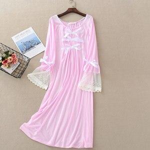 Image 2 - Camisón de encaje de verano para mujer, ropa de dormir de manga larga, color sólido, de talla grande, con cuello redondo, Sexy
