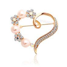 MZC Yeni Sevimli Kalp Broş Kadınlar Için Çiçek Kanal Pin Inci Broş Elbise Takım Elbise Broş Bijoux Femme Brosh Yaka Çiceği