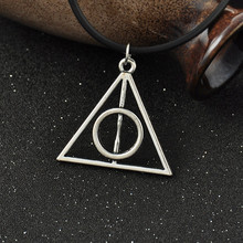 2015 hot accessories necklace Fashion pendant Triangle Hot movie deathly hallows movie necklace cheapest price